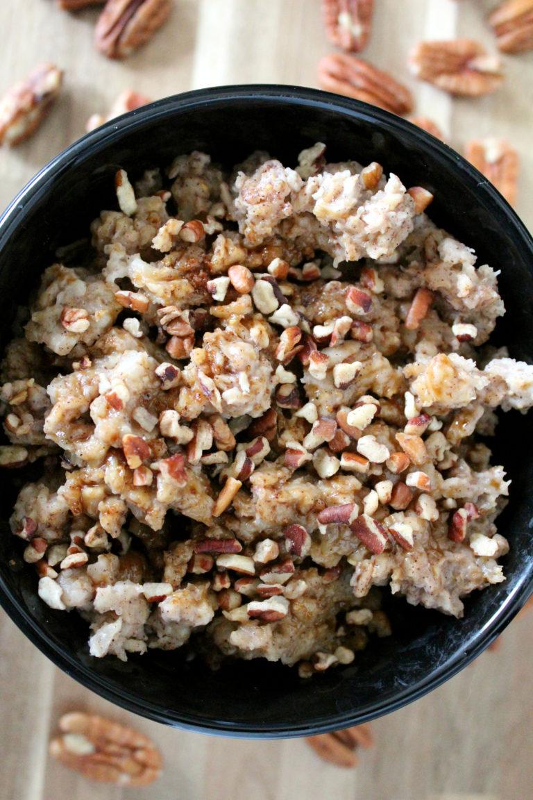 Slow-Cooker-Pecan-Pie-Oatmeal-mildlymeandering.com